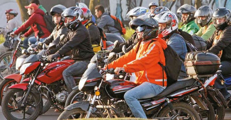 La AAP pide levantar restricciones a Motociclistas