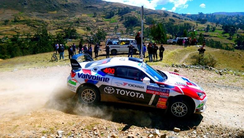 Lucho Alayza gana en Andahuaylas, cumple 100 rallies como piloto y es más líder que nunca